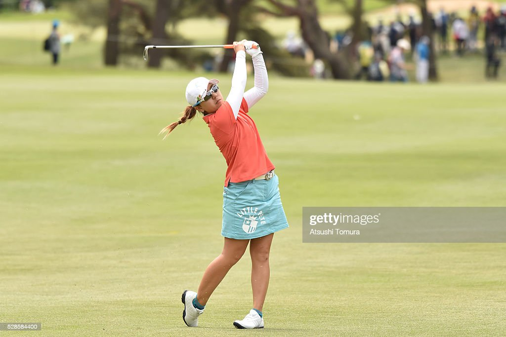 <a gi-track='captionPersonalityLinkClicked' href=/galleries/search?phrase=Mika+Miyazato&family=editorial&specificpeople=2646628 ng-click='$event.stopPropagation()'>Mika Miyazato</a> of Japan hits her second shot on the 14th hole during the second round of the World Ladies Championship Salonpas Cup at the Ibaraki Golf Club on May 6, 2016 in Tsukubamirai, Japan.