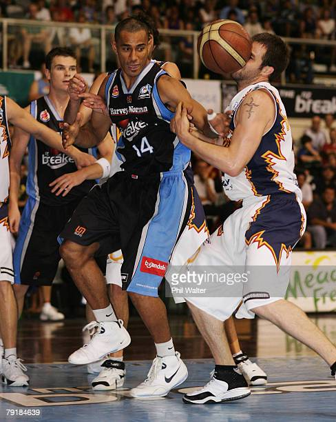 Mika Vukona of the Breakers looses the ball during the round 19 NBL match between the New Zealand Breakers and the West Sydney Razorbacks at North...