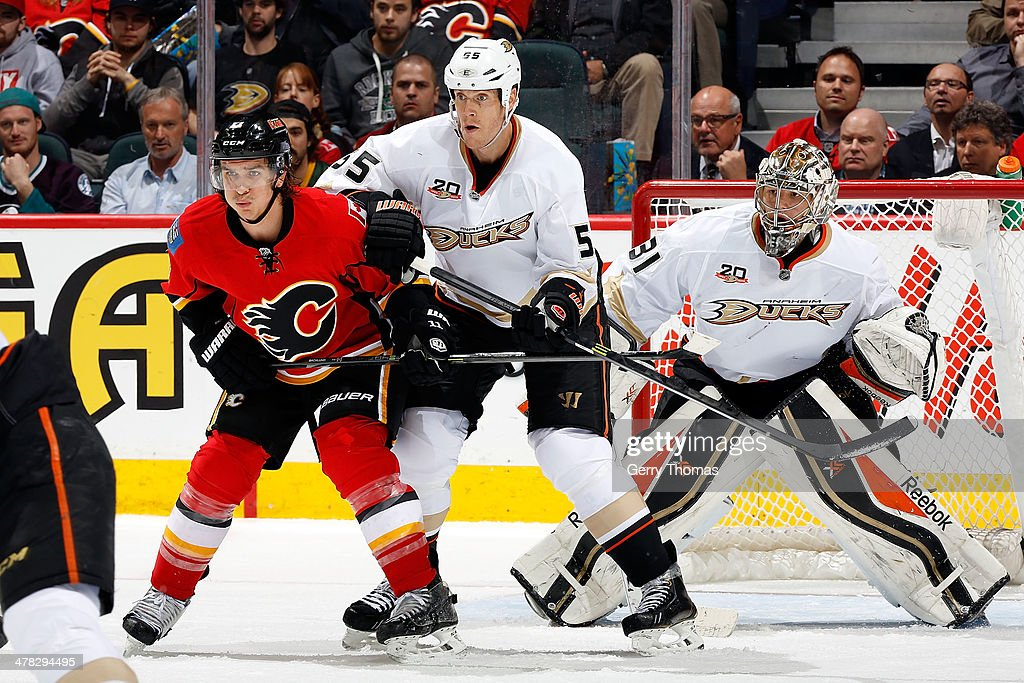 <a gi-track='captionPersonalityLinkClicked' href=/galleries/search?phrase=Mikael+Backlund&family=editorial&specificpeople=4324942 ng-click='$event.stopPropagation()'>Mikael Backlund</a> #11 of the Calgary Flames skates against <a gi-track='captionPersonalityLinkClicked' href=/galleries/search?phrase=Bryan+Allen+-+Ice+Hockey+Player&family=editorial&specificpeople=206454 ng-click='$event.stopPropagation()'>Bryan Allen</a> #55 and <a gi-track='captionPersonalityLinkClicked' href=/galleries/search?phrase=Frederik+Andersen&family=editorial&specificpeople=6605243 ng-click='$event.stopPropagation()'>Frederik Andersen</a> #31 of the Anaheim Ducks at Scotiabank Saddledome on March 12, 2014 in Calgary, Alberta, Canada.
