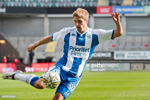 Mikael Boman of IFK Goteborg shoots during the Allsvenskan match between IFK Goteborg and BK Hacken at Gamla Ullevi on August 20 2017 in Gothenburg...