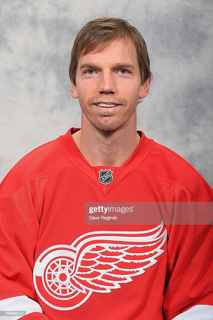 <a gi-track='captionPersonalityLinkClicked' href=/galleries/search?phrase=Mikael+Samuelsson&family=editorial&specificpeople=203085 ng-click='$event.stopPropagation()'>Mikael Samuelsson</a> #37 of the Detroit Red Wings poses for his official headshot for the 2012-2013 season at Compuware Ice Arena on January 13, 2013 in Plymouth, Michigan.