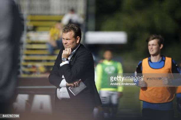 Mikael Stahre head coach of BK Hacken in the allsvenskan match between Halmstad BK and BK Hacken at Orjans Vall on September 10 2017 in Halmstad...
