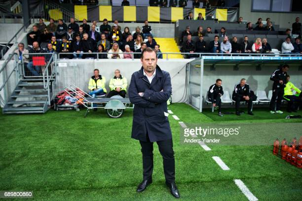 Mikael Stahre head coach of BK Hacken looks on during the Allsvenskan match between BK Hacken and Ostersunds FK at Bravida Arena on May 29 2017 in...