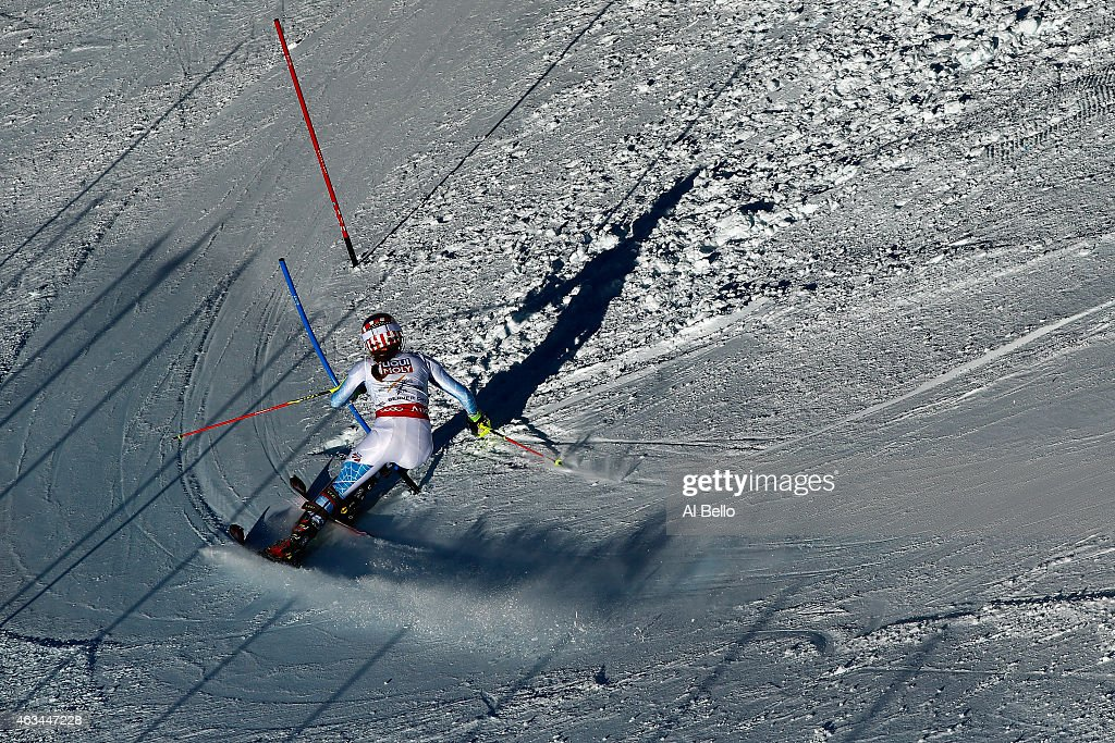 Mikaela Shiffrin of the United States races during the Ladies' Slalom on the Golden Eagle racecourse on Day 13 of the 2015 FIS Alpine World Ski Championships on February 14, 2015 in Beaver Creek, Colorado.