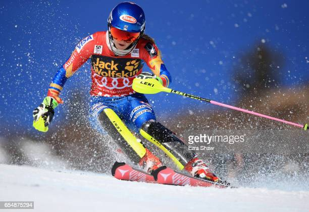 Mikaela Shiffrin of the United States skis her first run of the Ladies' Slalom during the 2017 Audi FIS Ski World Cup Finals at Aspen Mountain on...