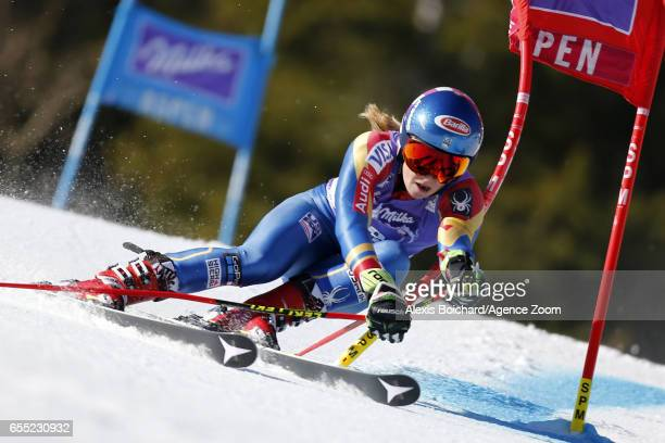 Mikaela Shiffrin of USA competes during the Audi FIS Alpine Ski World Cup Finals Women's Giant Slalom and Men's Slalom on March 19 2017 in Aspen...