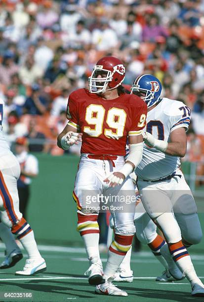 Mike Bell of the Kansas City Chiefs in action against the Denver Broncos during an NFL football game October 27 1985 at Arrowhead Stadium in Kansas...