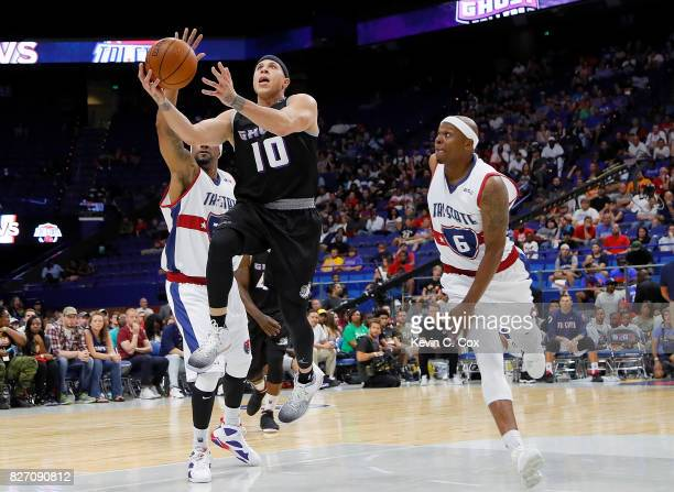 Mike Bibby of Ghost Ballers drives to the basket during the game against TriState during week seven of the BIG3 three on three basketball league at...