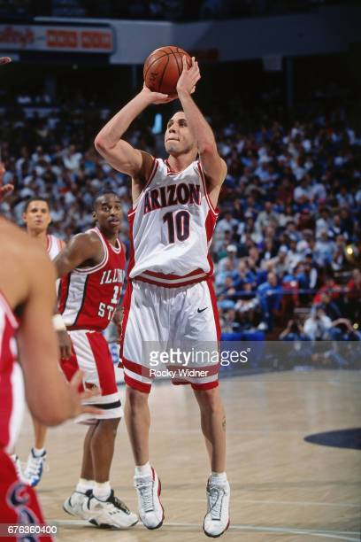 Mike Bibby of the Arizona Wildcats shoots during a game played circa 1998 at Arco Arena in Sacramento California NOTE TO USER User expressly...