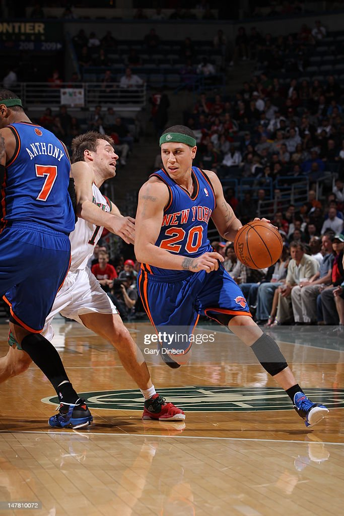 Mike Bibby #20 of the New York Knicks dribbles the ball against the Milwaukee Bucks on April 11, 2012 at the Bradley Center in Milwaukee, Wisconsin.