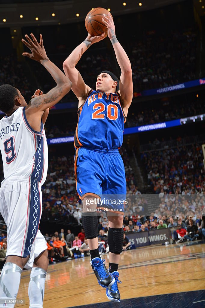 <a gi-track='captionPersonalityLinkClicked' href=/galleries/search?phrase=Mike+Bibby&family=editorial&specificpeople=201503 ng-click='$event.stopPropagation()'>Mike Bibby</a> #20 of the New York Knicks shoots against <a gi-track='captionPersonalityLinkClicked' href=/galleries/search?phrase=MarShon+Brooks&family=editorial&specificpeople=4884862 ng-click='$event.stopPropagation()'>MarShon Brooks</a> #9 of the New Jersey Nets on April 18, 2012 at the Prudential Center in Newark, New Jersey.