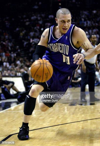 Mike Bibby of the Sacramento Kings drives against the San Antonio Spurs in Game 5 of the Western Conference Quarterfinals during the 2006 NBA...