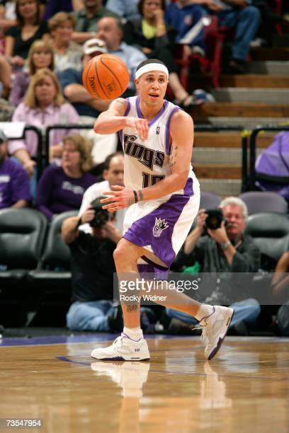 Mike Bibby of the Sacramento Kings makes the pass against the Denver Nuggets on March 11 2007 at ARCO Arena in Sacramento California NOTE TO USER...