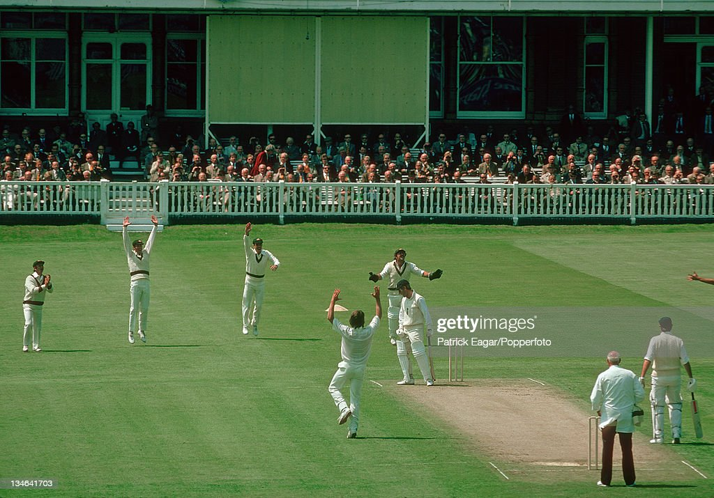 Mike Brearley caught Robinson bowled Jeff Thomson England v Australia 1st Test Lord's Jun 1977