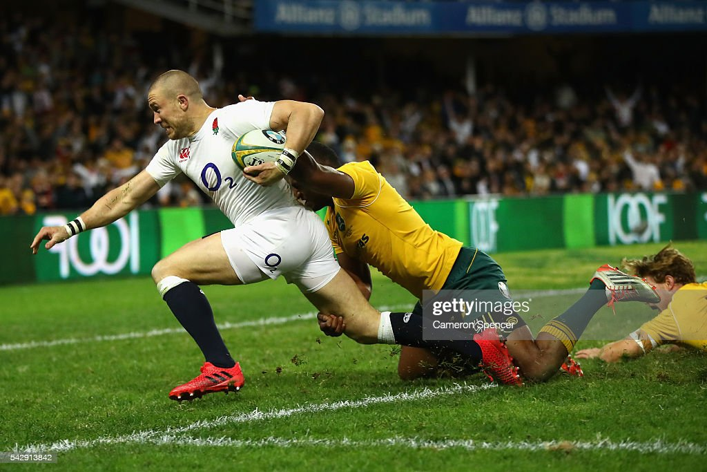 Mike Brown of England heads for the tryline during the International Test match between the Australian Wallabies and England at Allianz Stadium on June 25, 2016 in Sydney, Australia.