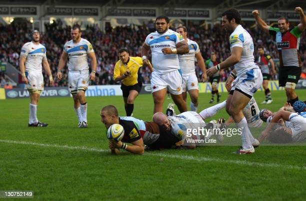 Mike Brown of Harlequins scores a try during the Aviva Premiership match between Harlequins and Exeter Chiefs at Twickenham Stoop on October 29 2011...