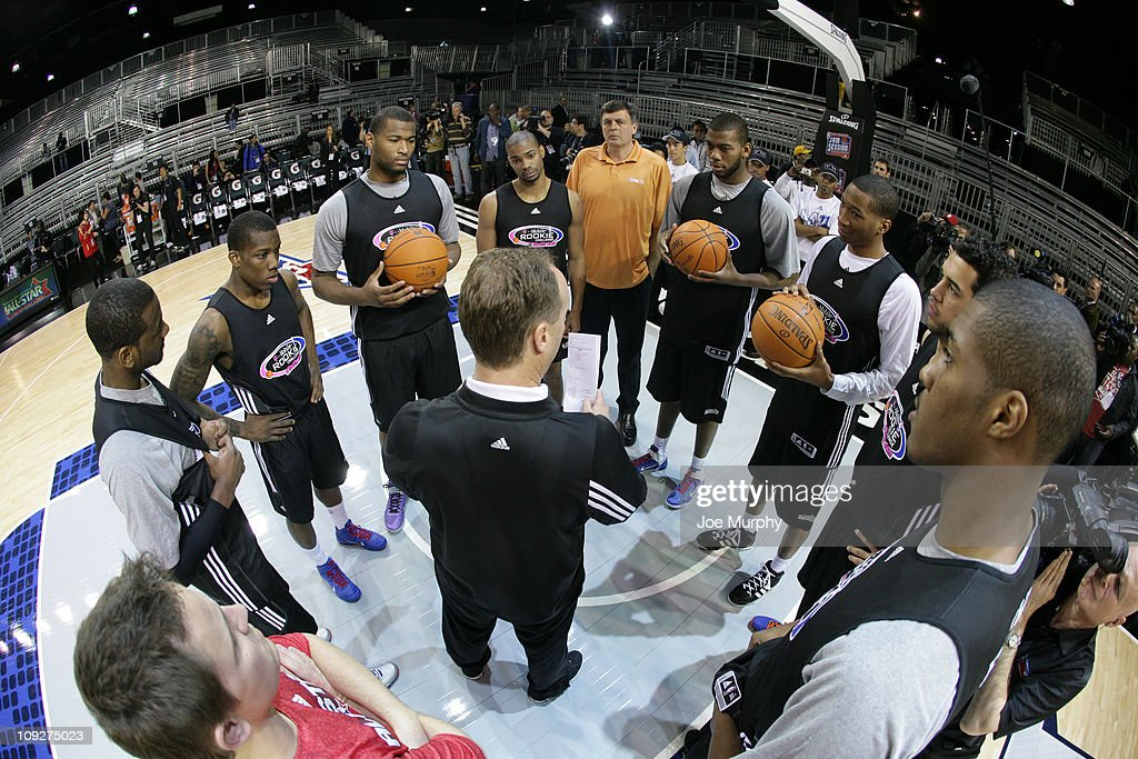 Mike Budenholzer Head Coach of the Rookie team talks to his players before Rookie Practice on center court at Jam Session presented by Adidas during NBA All Star Weekend at the Los Angeles Convention Center on February 18, 2011 in Los Angeles, California.