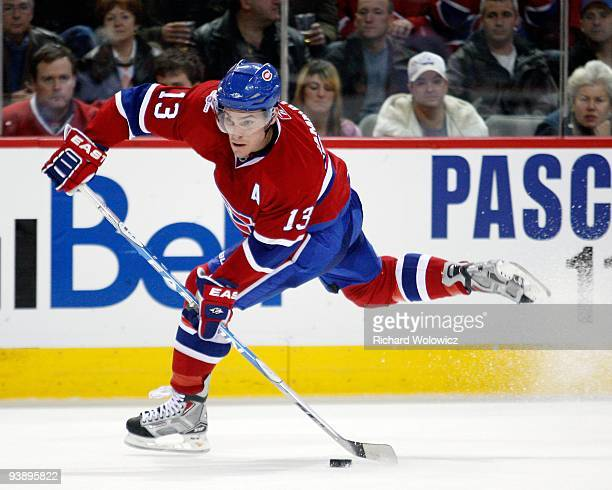 Mike Cammalleri of the Montreal Canadiens shoots the ppuck during the NHL game against the Columbus Blue Jackets on November 24 2009 at the Bell...