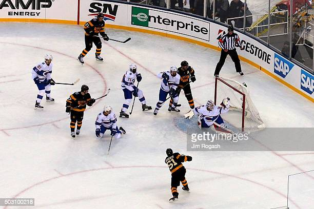Mike Condon of the Montreal Canadiens makes a glove save on a shot from Ryan Spooner of the Boston Bruins in the second period during the 2016...