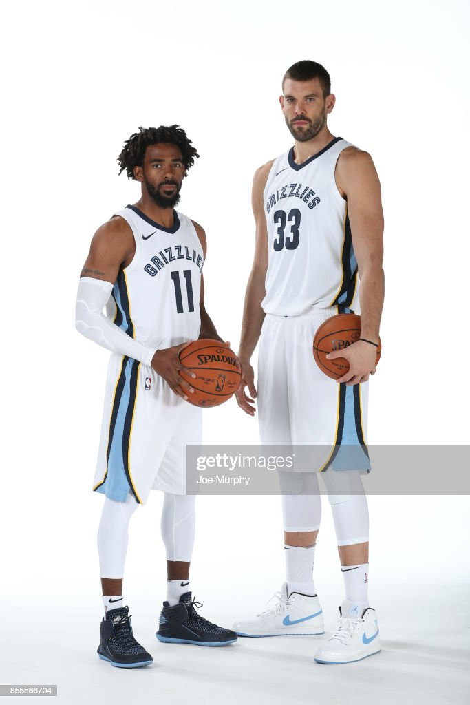 ¿Cuánto mide Mike Conley? - Real height Mike-conley-and-marc-gasol-of-the-memphis-grizzlies-poses-for-a-picture-id855566704