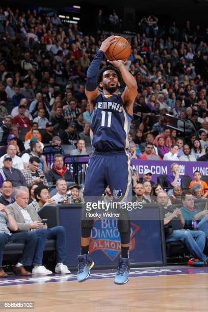 Mike Conley of the Memphis Grizzlies shoots the ball during a game against the Sacramento Kings on March 27 2017 at Golden 1 Center in Sacramento...
