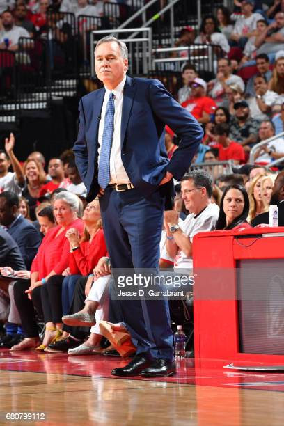 Mike D'Antoni of the Houston Rockets looks on in Game Four of the Western Conference Semifinals against the San Antonio Spurs during the 2017...