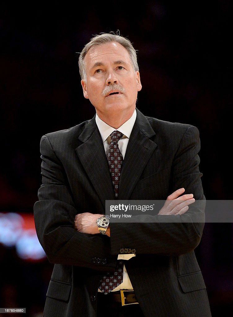 Mike D'Antoni of the Los Angeles Lakers reacts from the sidelines during the game againts the New Orleans Pelicans at Staples Center on November 12, 2013 in Los Angeles, California.