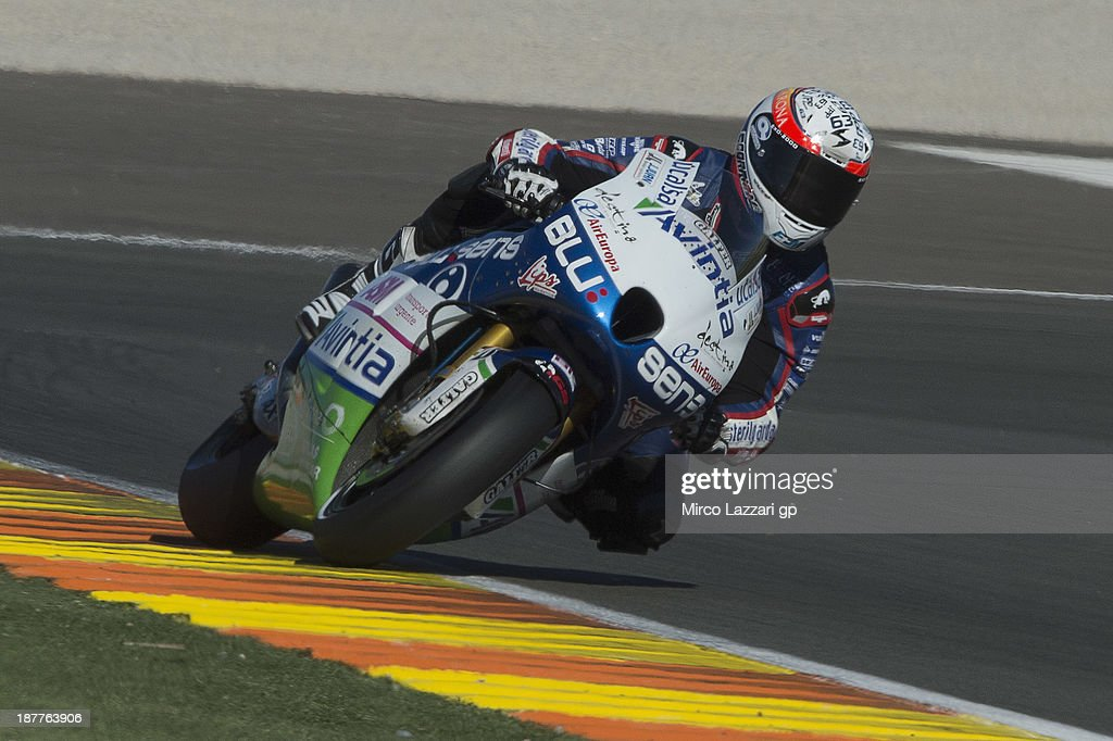 Mike Di Meglio of France and Avintia Blusens rounds the bend during the MotoGP Tests in Valencia - Day 2 at Ricardo Tormo Circuit on November 12, 2013 in Valencia, Spain.