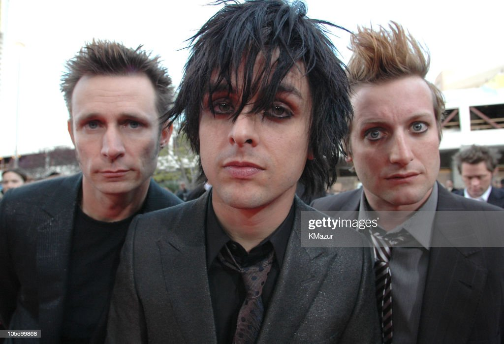 Mike Dirnt, Billie Joe Armstrong and Tre Cool of Green Day, nominees Artist of the year, Group of the year, Album of the Year, Digital Song of the Year, Rock Artist of the Year, Modern Rock Artist of the Year and Modern Rock Song of the Year