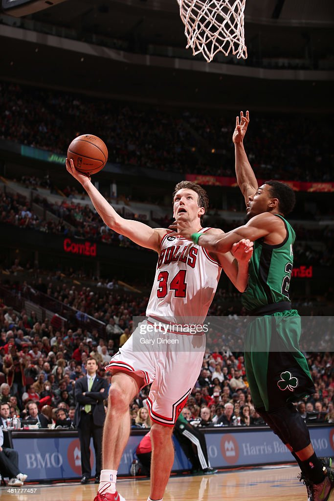<a gi-track='captionPersonalityLinkClicked' href=/galleries/search?phrase=Mike+Dunleavy&family=editorial&specificpeople=201802 ng-click='$event.stopPropagation()'>Mike Dunleavy</a> #34 of the Chicago Bulls goes to the basket against the Boston Celtics on March 31, 2014 at the United Center in Chicago, Illinois.