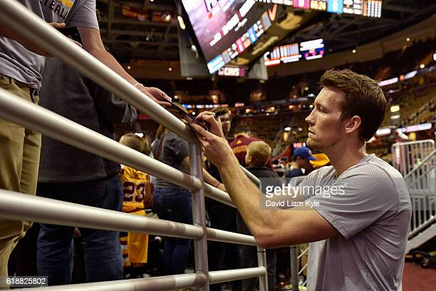 Mike Dunleavy of the Cleveland Cavaliers signs autographs before the game against the New York Knicks on October 25 2016 at Quicken Loans Arena in...