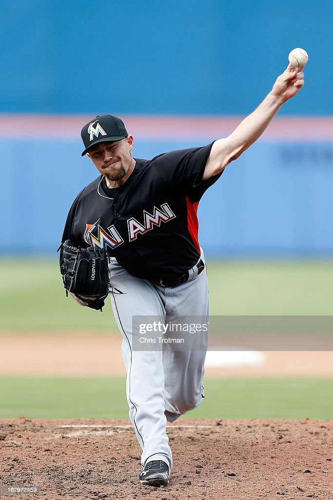 Mike Dunn #40 of the Miami Marlins pitches against the New York Mets at Tradition Field on March 2, 2013 in Port St. Lucie, Florida.