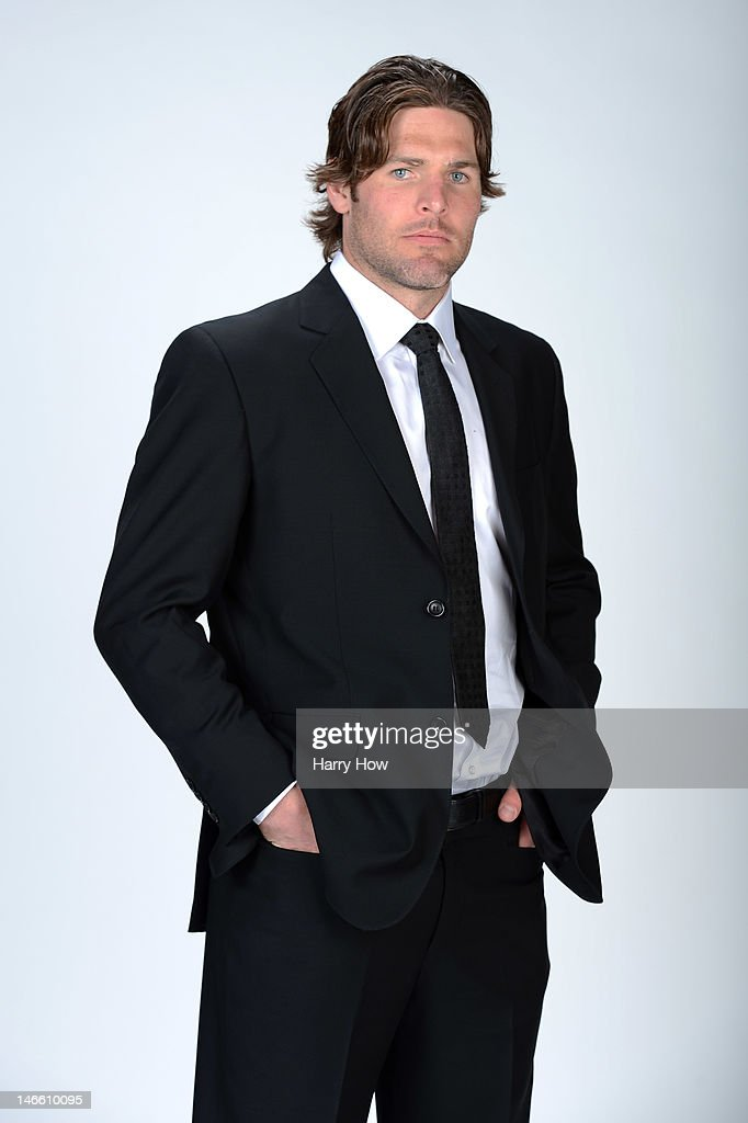 <a gi-track='captionPersonalityLinkClicked' href=/galleries/search?phrase=Mike+Fisher+-+Ice+Hockey+Player&family=editorial&specificpeople=204732 ng-click='$event.stopPropagation()'>Mike Fisher</a> of the Nashville Predators poses for a portrait during the 2012 NHL Awards at the Encore Theater at the Wynn Las Vegas on June 20, 2012 in Las Vegas, Nevada.