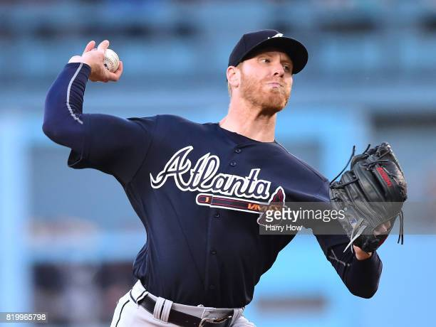 Mike Foltynewicz of the Atlanta Braves pitches against the Los Angeles Dodgers during the first inning at Dodger Stadium on July 20 2017 in Los...