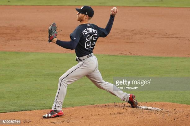 Mike Foltynewicz of the Atlanta Braves pitches against the Los Angeles Dodgers during the first inning of play at Dodger Stadium on July 20 2017 in...