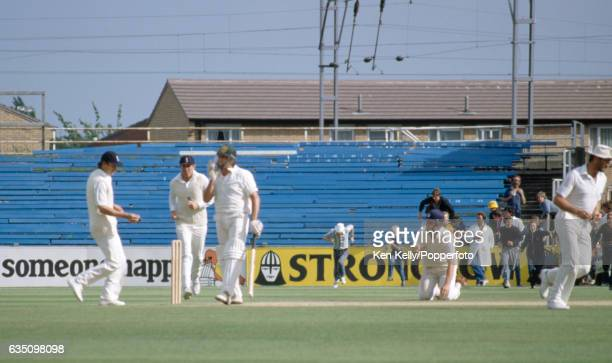 Mike Gatting of England takes the catch to dismiss last man Mike Whitney of Australia in the 5th Test match between England and Australia at Old...