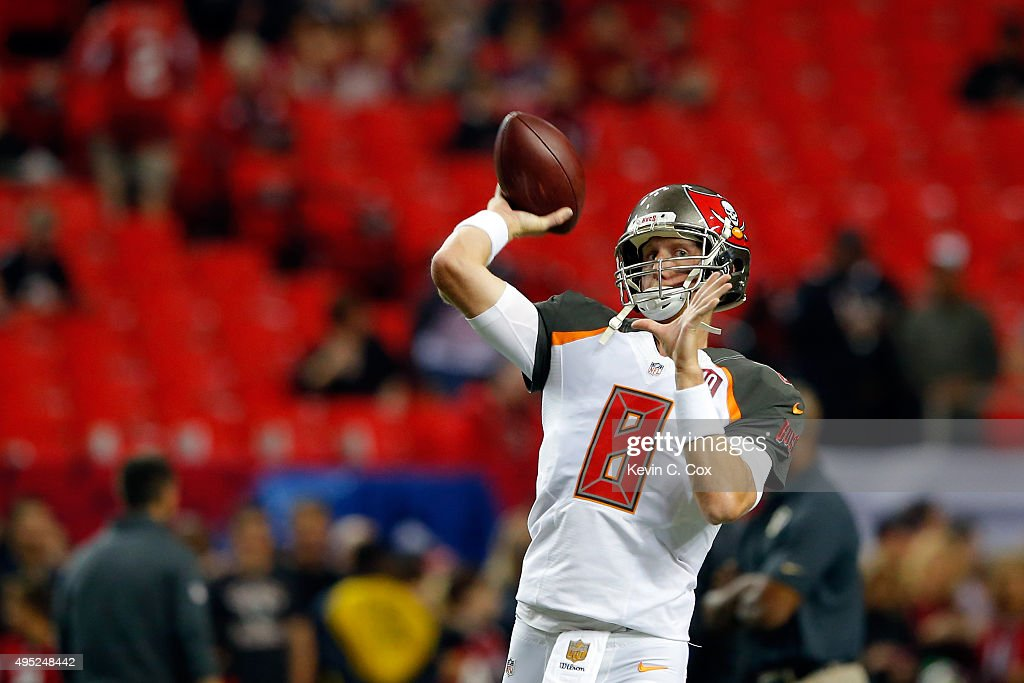 <a gi-track='captionPersonalityLinkClicked' href=/galleries/search?phrase=Mike+Glennon+-+American+football-speler&family=editorial&specificpeople=11404080 ng-click='$event.stopPropagation()'>Mike Glennon</a> #8 of the Tampa Bay Buccaneers warms up prior to the game against the Atlanta Falcons at the Georgia Dome on November 1, 2015 in Atlanta, Georgia.