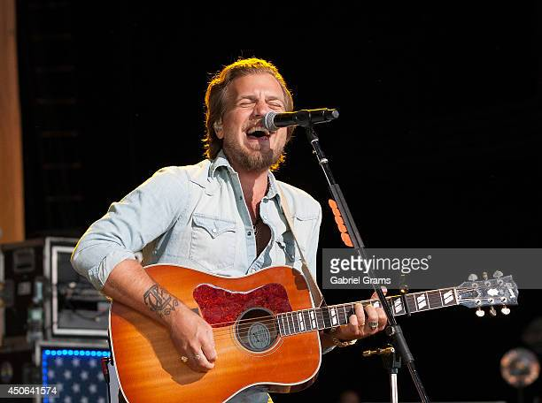 Mike Gossin of Gloriana performs in concert at Tinley Park on June 14 2014 in Chicago Illinois