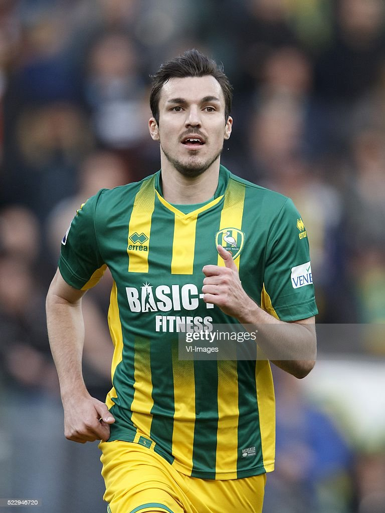 Mike Havenaar of ADO Den Haag during the Dutch Eredivisie match between ADO Den Haag and AZ on april 21 2016 at the Kyocera stadium in The Hague the...