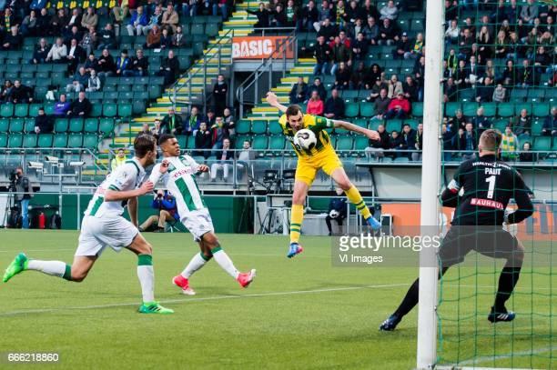 Mike Havenaar of ADO Den Haag scoresduring the Dutch Eredivisie match between ADO Den Haag and FC Groningen at Kyocera stadium on April 08 2017 in...