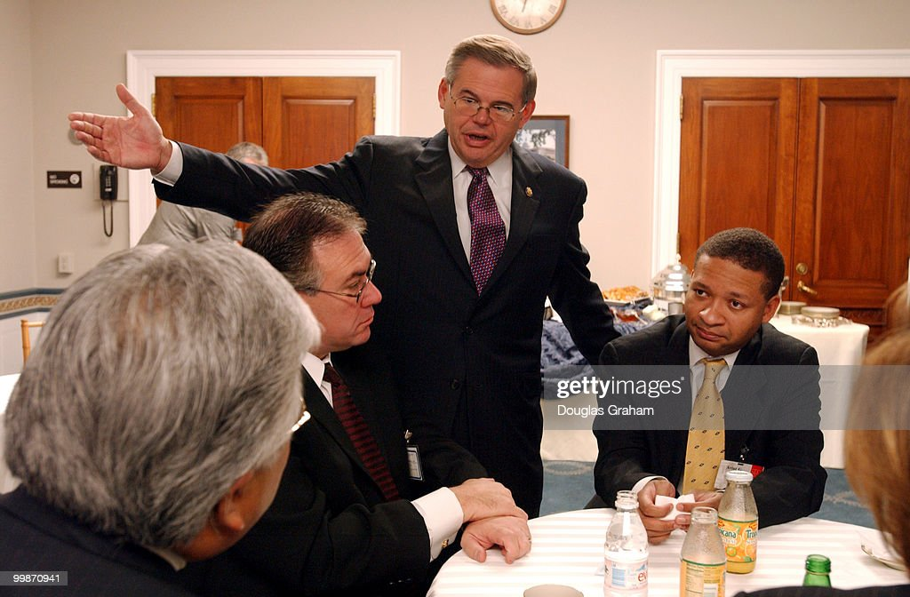 Mike Honda DCA Dennis Cardoza DCA Robert Menendez DNJ and Artur Davis DAl during a breakfast hosted by Rep Menendez the vice Chairman of the...