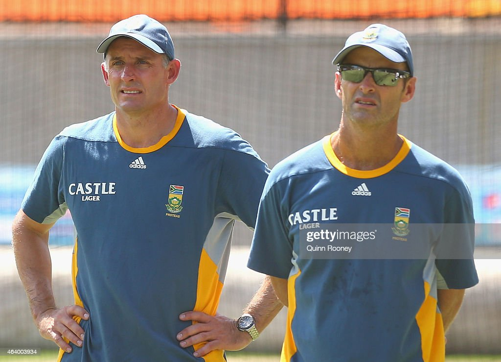 Mike Hussey and <a gi-track='captionPersonalityLinkClicked' href=/galleries/search?phrase=Gary+Kirsten&family=editorial&specificpeople=228142 ng-click='$event.stopPropagation()'>Gary Kirsten</a> look on during a South African Nets Session at Melbourne Cricket Ground on February 21, 2015 in Melbourne, Australia.