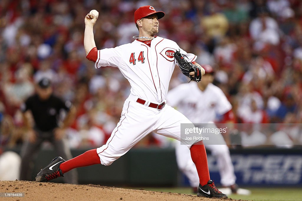 <a gi-track='captionPersonalityLinkClicked' href=/galleries/search?phrase=Mike+Leake&family=editorial&specificpeople=5330779 ng-click='$event.stopPropagation()'>Mike Leake</a> #44 of the Cincinnati Reds pitches in the third inning of the game against the Los Angeles Dodgers at Great American Ball Park on September 6, 2013 in Cincinnati, Ohio.