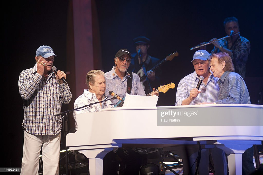 mike love and brian wilson relationship daughters