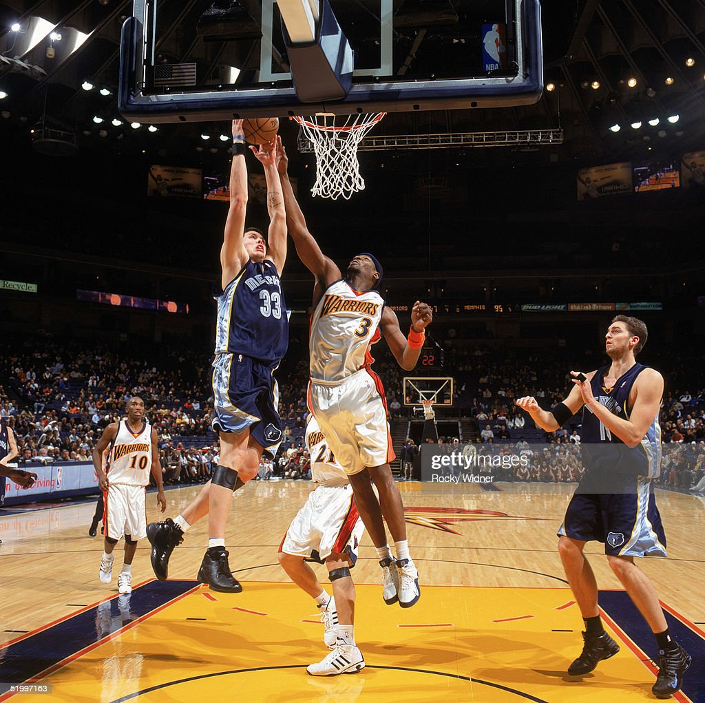 Memphis Grizzlies v Golden State Warriors s and