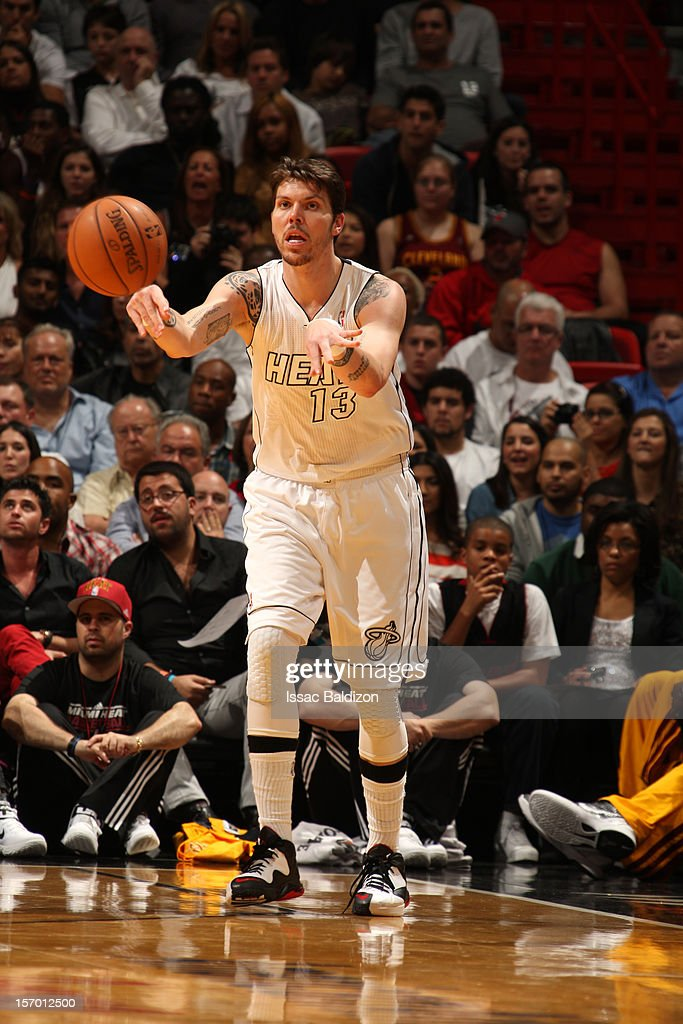<a gi-track='captionPersonalityLinkClicked' href=/galleries/search?phrase=Mike+Miller+-+Basketball+Player&family=editorial&specificpeople=201801 ng-click='$event.stopPropagation()'>Mike Miller</a> #13 of the Miami Heat makes a pass against the Cleveland Cavaliers on November 24, 2012 at American Airlines Arena in Miami, Florida.