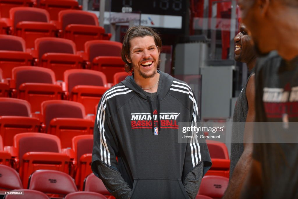 <a gi-track='captionPersonalityLinkClicked' href=/galleries/search?phrase=Mike+Miller+-+Basketballer&family=editorial&specificpeople=201801 ng-click='$event.stopPropagation()'>Mike Miller</a> of the Miami Heat warms up at practice as part of the 2013 NBA Finals on June 19, 2013 at American Airlines Arena in Miami, Florida.