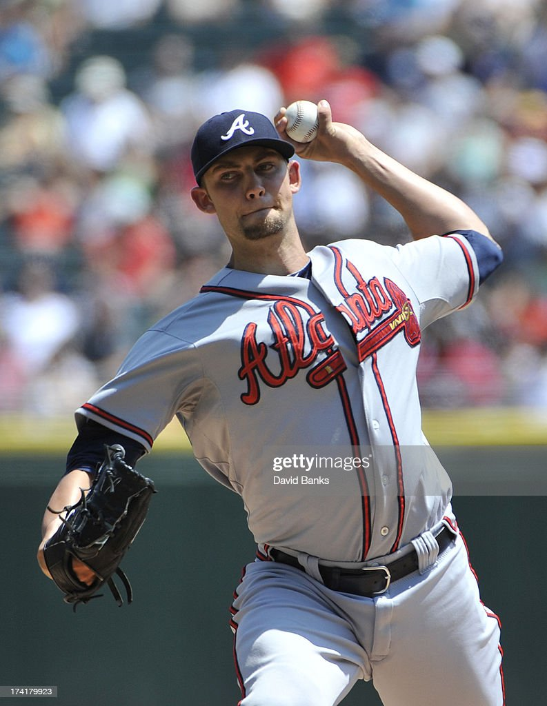 Mike Minor #36 of the Atlanta Braves pitches against the Chicago White Sox during the first inning on July 21, 2013 at U.S. Cellular Field in Chicago, Illinois.