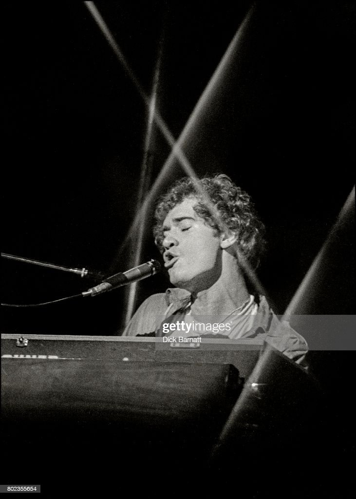 Mike Montgomery of Back Street Crawler performing on stage, New Victoria Theatre, London, United Kingdom, November 28th, 1975.