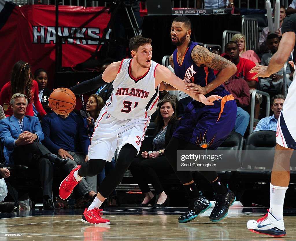 <a gi-track='captionPersonalityLinkClicked' href=/galleries/search?phrase=Mike+Muscala&family=editorial&specificpeople=7563430 ng-click='$event.stopPropagation()'>Mike Muscala</a> #31 of the Atlanta Hawks handles the ball against the Phoenix Suns on April 7, 2015 at Philips Arena in Atlanta, Georgia.